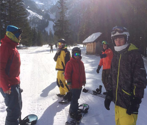 Morning snowboard course in Cortina