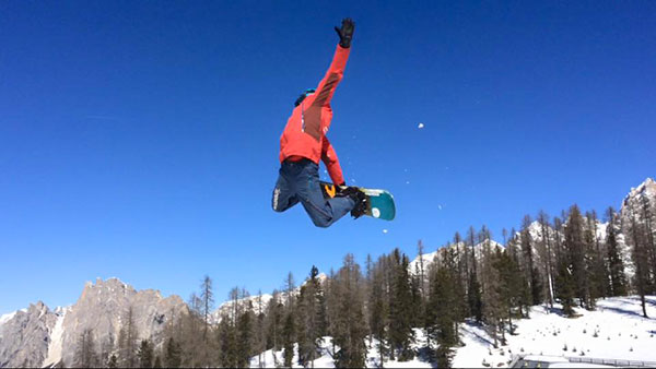 Freestyle_scuola_snowboard_boarderline_cortina