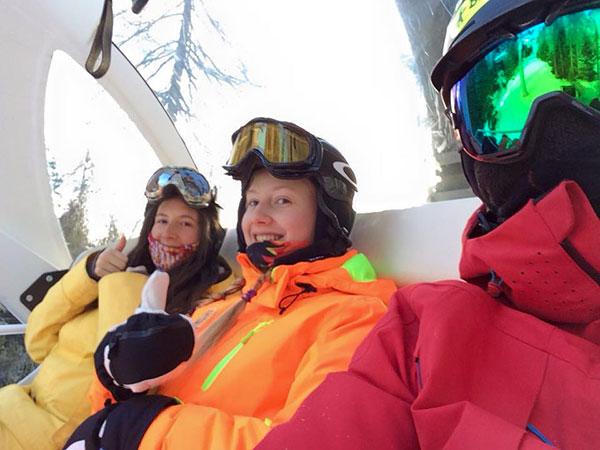 Snowboard_full_day_course_snowboard_school_boarderline_cortina