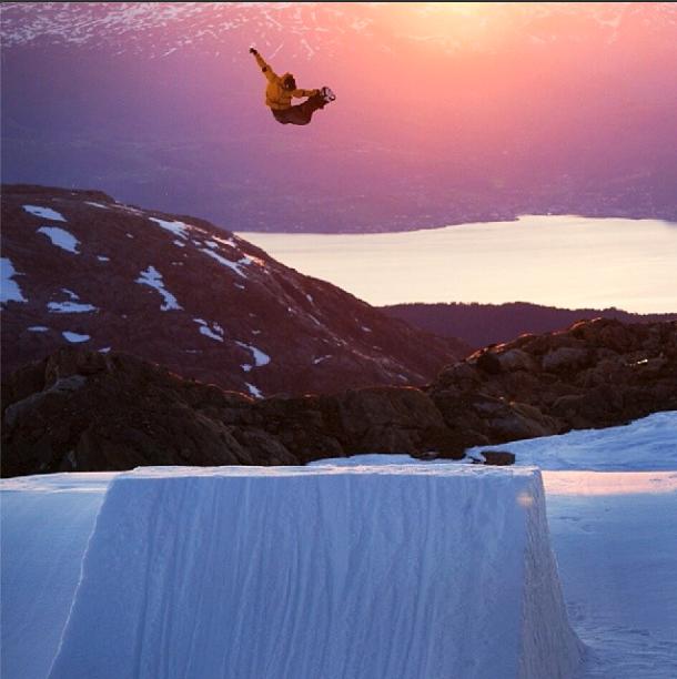 Boartderline_cortina_ampezzo_frode_sandbech_snowboard2
