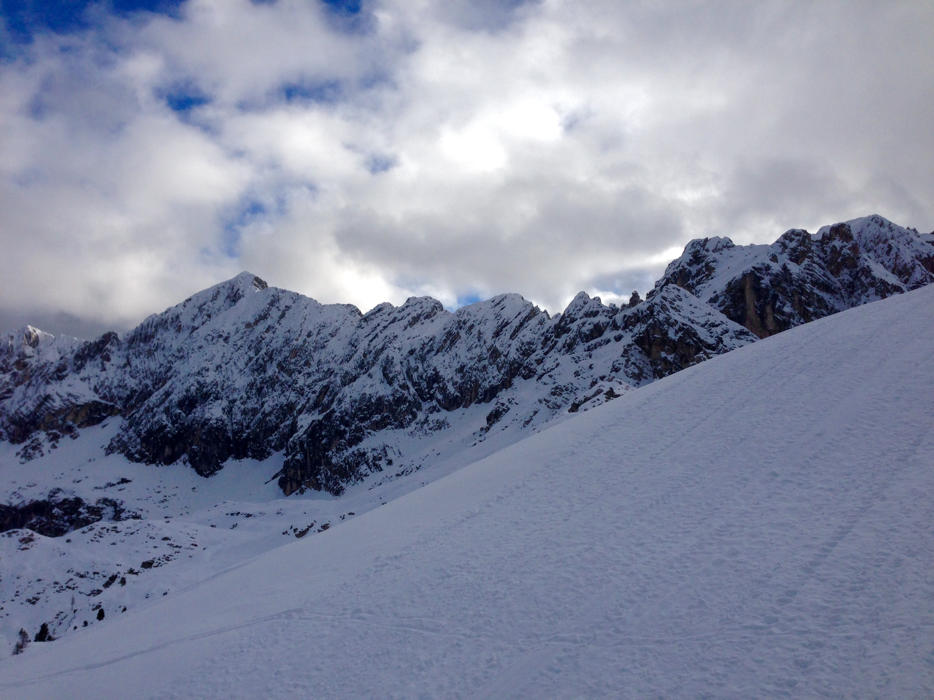 Boarderline_cortina_d_ampezzo_snowboard_scuola_snowboard_noleggio_apertura_faloria_cortinacube4