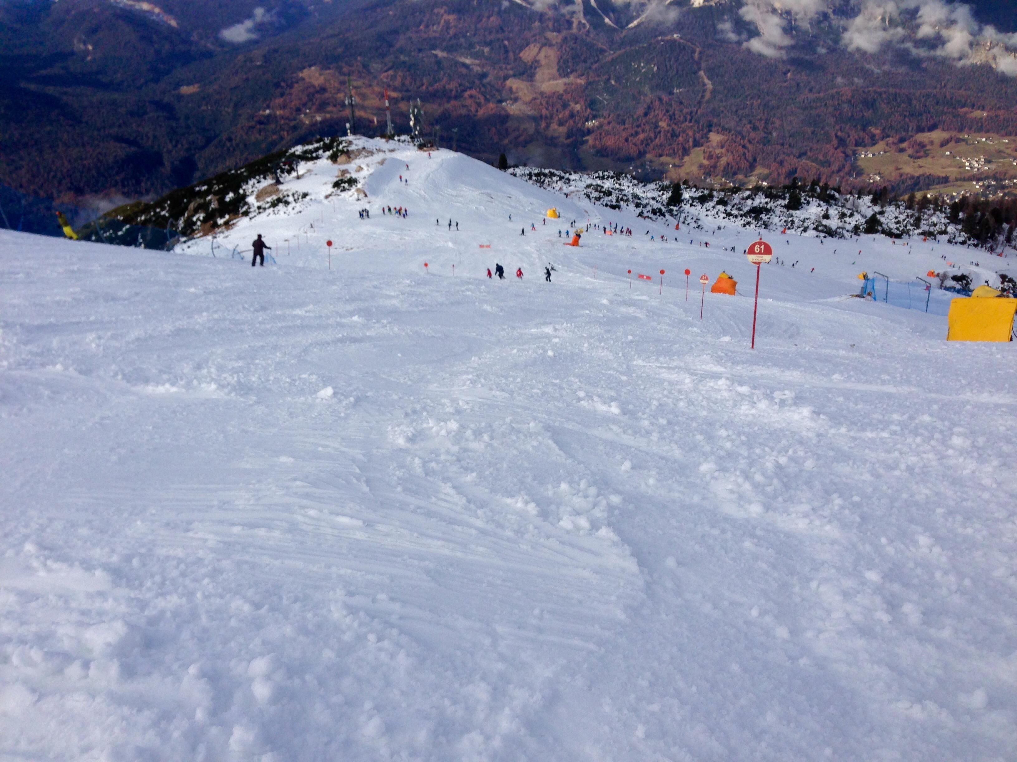 Boarderline_cortina_d_ampezzo_snowboard_scuola_snowboard_noleggio_apertura_faloria_cortinacube5