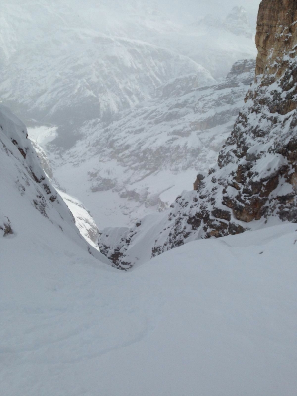 Boarderline_cortina_d_ampezzo_powder_nevefresca_freeride_cristallo_canale_uno_adriana2
