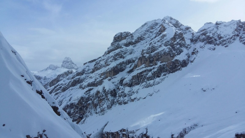 Boarderline_cortina_d_ampezzo_powder_nevefresca_freeride_cristallo_canale_uno_adriana7