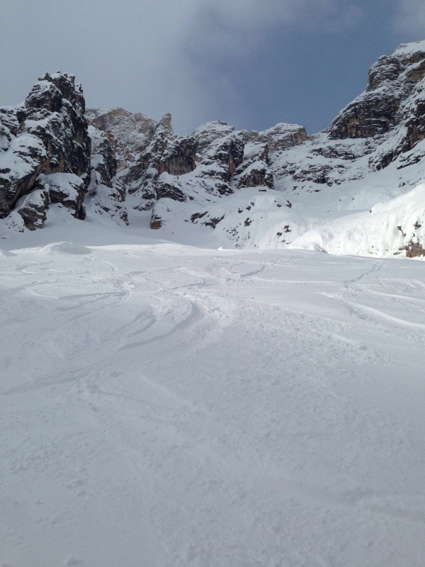 Boarderline_cortina_d_ampezzo_powder_nevefresca_freeride_cristallo_canale_uno_adriana8